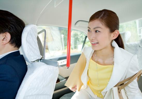 タクシーが道を間違え料金増額、支払い拒否できる?どう交渉すべき?の画像1