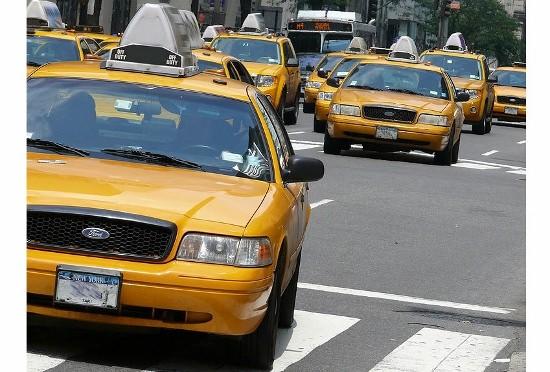 Uber台頭、ついに大手タクシー会社が破産…既存業界を破壊する画期的ビジネス拡大の画像1