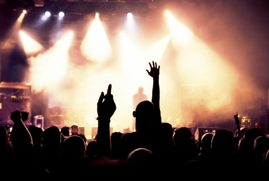あの人気グループ、ファンから批判噴出…金儲け丸出し商法、ショボいライブ、イベント欠席の画像1