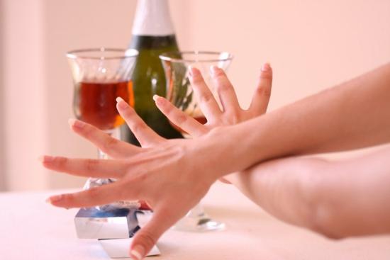 1カ月禁酒で人生と体が劇的に改善!寝起き爽快で疲労回復、体重も減少!の画像1