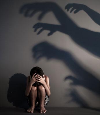 中学生19人が女子を家や屋外階段で連続性的暴行 動画をネットにアップ…懲役6年の画像1