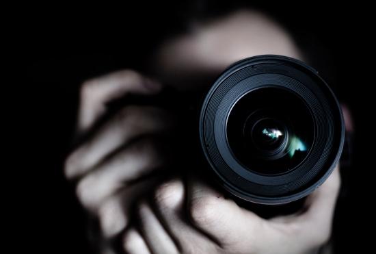 グラドルが業界裏を暴露!有名カメラマンがセクハラ撮影!予算なく撮影は伊豆や都内