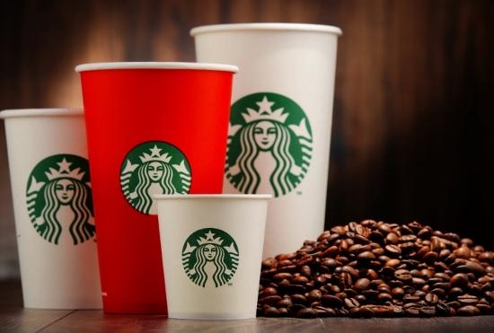 スタバ1杯で砂糖25杯分!ラテやモカも人間の摂取基準超、危険な砂糖依存で病気に
