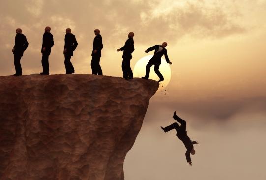 必ず衰退する企業の共通点…世界的優良企業元トップが明かす