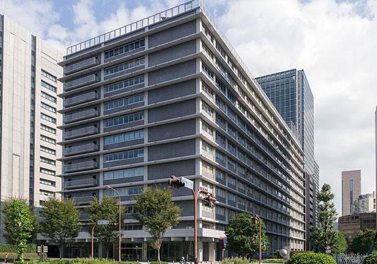 日本郵政、西室社長退任が濃厚に…完全に崩れた「上場」成長戦略、マイナス金利が直撃