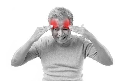 認知症の早期発見は危険!無駄な医療費や薬の副作用、心の不安など「害」大きく