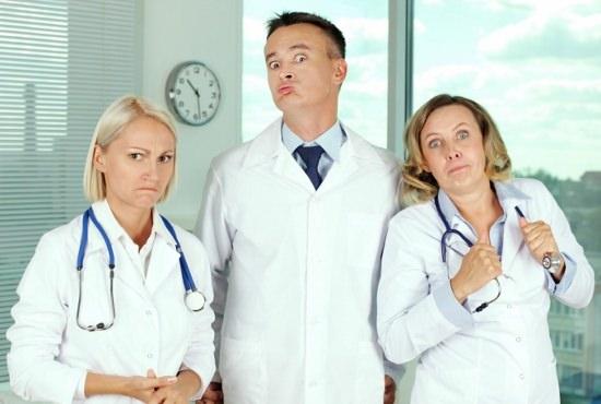 ずっと通院しても症状改善しない…「金づる」リピーター患者を引き止めるトンデモ病院!の画像1