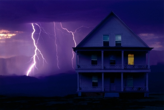 やっと手に入れた実家や自宅、建て替えも売ることもできない悲劇…老朽対策で莫大な費用?の画像1