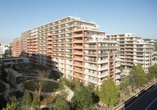 横浜傾斜マンション建替、三井不動産が詳細案提示を先延ばし住民困惑…建替難航の懸念浮上