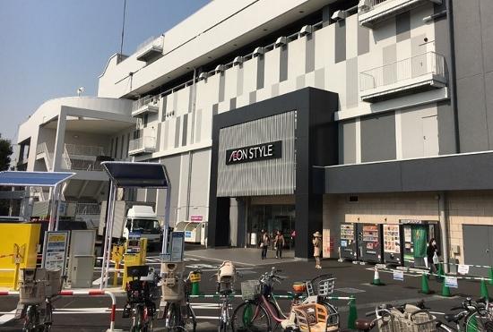 板橋のスーパー超越のイオンに主婦も会社員も家族連れも殺到!一日中食べて遊べてくつろげるの画像1