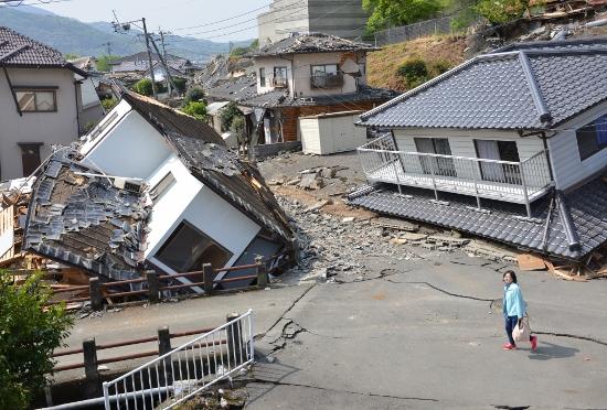 熊本地震の家全壊続出でリスク露呈!全壊でも支援金は3百万円、耐震工事で百万円の助成金もの画像1