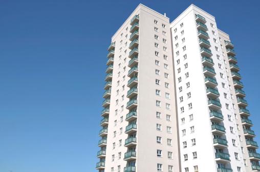 バカ高い新築マンション、新築戸建てのほうが2千万円も安い!築20年で価値3分の1にの画像1