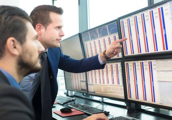 「証券アナリスト」たちの予想は、あてになるのか?言っていることがバラバラのこともの画像1
