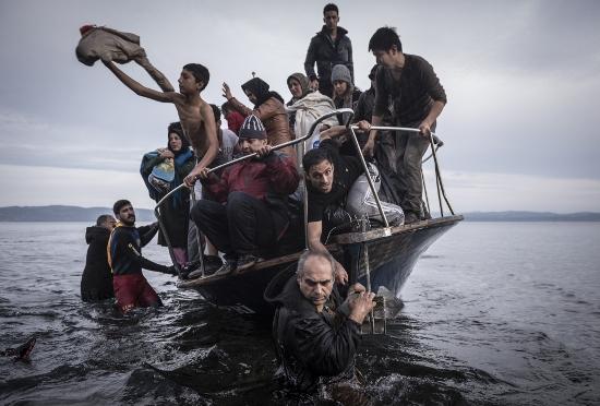 移民だらけの収容島があった!カナダは流入激増で地域社会破壊、欧州では今夏10倍に増幅か