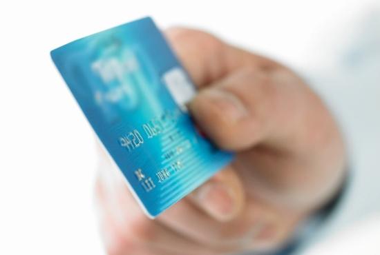 現金払いとカード払い、得or損なのはどっち?カード、資産目減りや使いすぎの危険?の画像1
