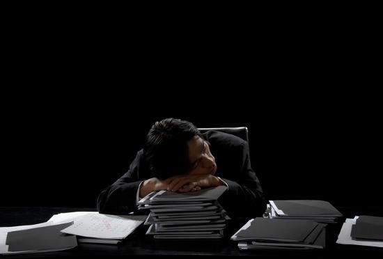 残業&がむしゃら働きは当然!を強要するバカ上司!採用試験、「男より女が優秀」が鮮明にの画像1