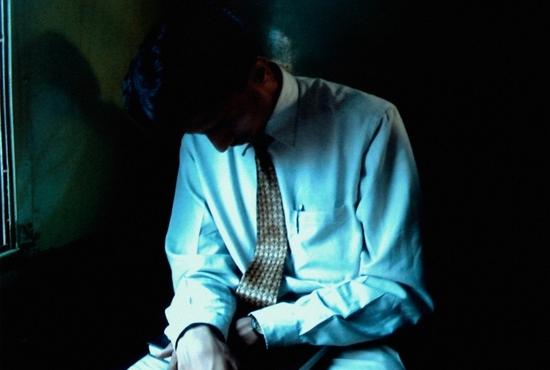 中年男性の7割が「人生つまらない」…「普通の人生」に潰され、家族のためにひたすら働く