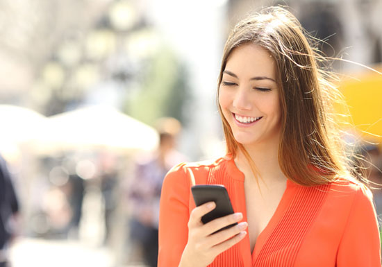 LINE上で検索も買い物もすべてのコトが済む時代へ…月額5百円スマホ投入で通話無料の画像1