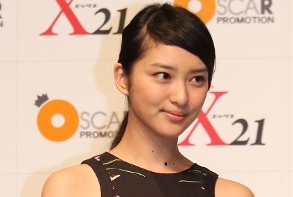 「低視聴率女王」武井咲、7年振り連ドラの滝沢秀明ファンから不安噴出「数字取れない」
