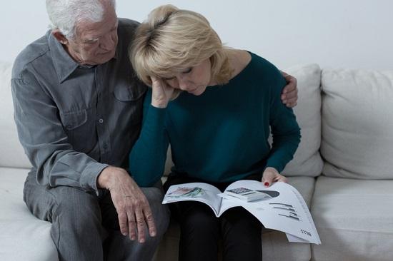 老後、なぜ大半の人が貯金不足で後悔するのか?自動的に毎年15%儲かる老後資産形成法とは
