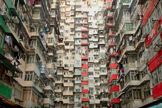 分譲マンションのスラム化、激増の兆候…老朽化と空室多数で管理不能、売却も建替も困難の画像1