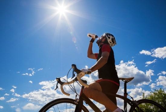 スポーツドリンク等の清涼飲料水に頼りすぎは危険!ソーメン等の冷たい食事ばかりも体に毒の画像1