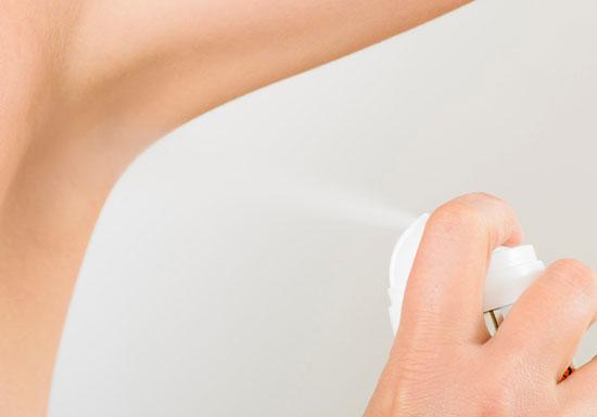 間違った制汗剤選びで、かえって臭くなる!汗腺を塞ぐポリマー剤使用のものはNG!