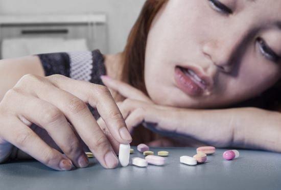 薬をやめると元気になる?体調悪い原因は医者による「薬漬け」?の画像1