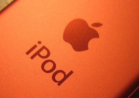 iPhone、連続大幅売上減の危機…サムスン等に劣勢、マリオ「独占」で必死の差別化