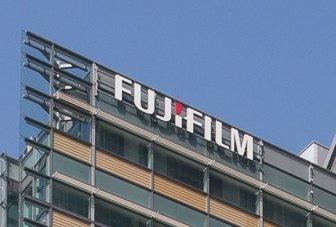 富士フイルム・古森会長、独裁色強まる…狂う世界一へのシナリオ、社長解任説広まる