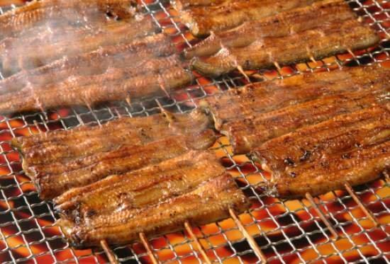 バカ高いうなぎと同じ味!激安うなぎの蒲焼き「もどき」のつくり方!ほぼ豆腐と芋のみ
