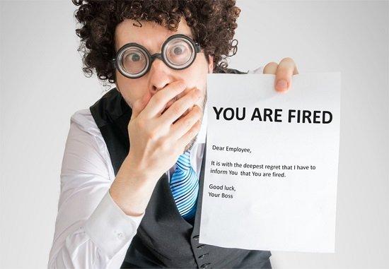 弁護士もオフィスワークもサービス業の仕事も「なくなる」恐れ…機械による代替が加速