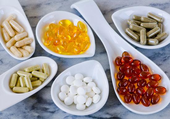 サプリ頼みは愚の骨頂&無意味?「人工的合成品」より食事による栄養摂取