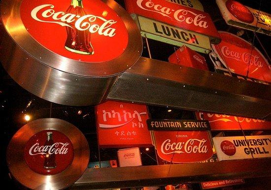 ポケモンGOとコカ・コーラは、なぜ「異例」?レーシック手術とたまごっち、なぜ衰退?