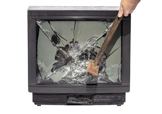 テレビCMも新聞広告も「終わり」なのか?販売増に直結しなくても打ち続ける理由