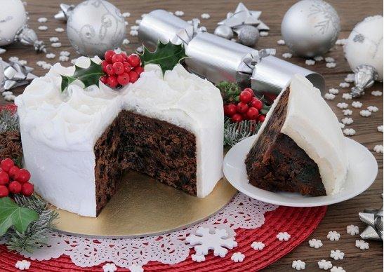 なぜクリスマスケーキはスカスカ&パサパサで不味いのか?失敗しない究極の選び方!
