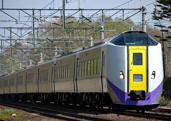 赤字深刻なJR北海道、「在来線切り捨て」で公共交通の座捨てるのか、自業自得の不祥事続出