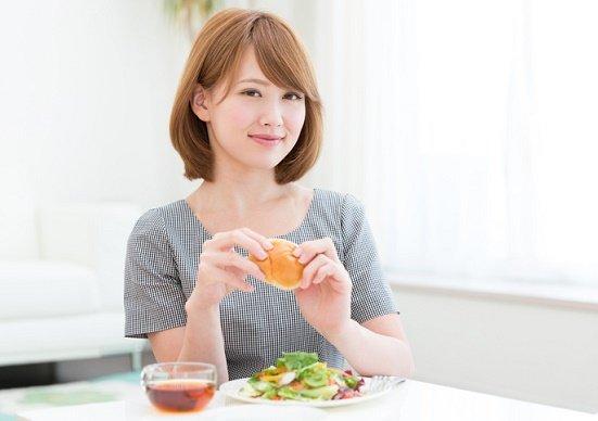 食事の量は同じなのに「太らない」、超簡単な食べ方!「食べない」ダイエットは不要!の画像1