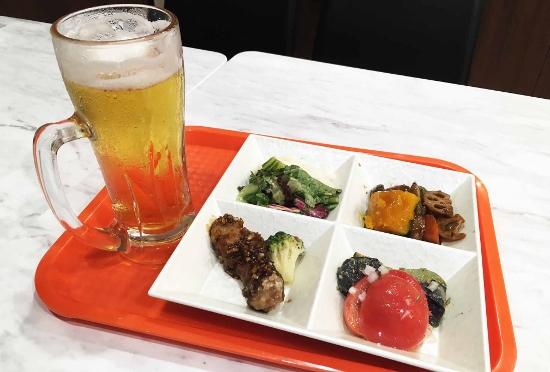 あの弁当のオリジンまで「ちょい飲み」参入…すぐに千円超え、割高でコスパ悪い?平日夜1時間でお客ゼロ
