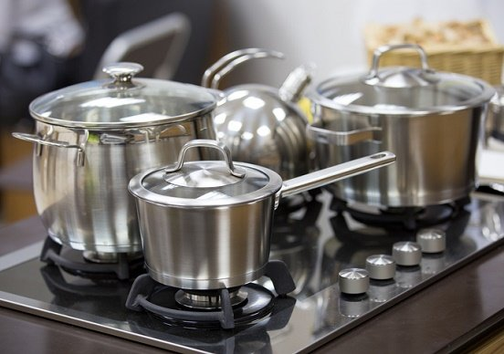 アルミニウムやステンレスの鍋は、人体に危険?がんや脳の病気の原因に?の画像1