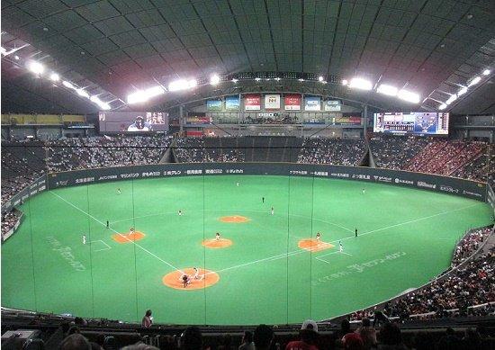 日ハム、巨額使用料吸い取る札幌ドームと決別…売店収入や球場の広告料も日ハムに入らずの画像1