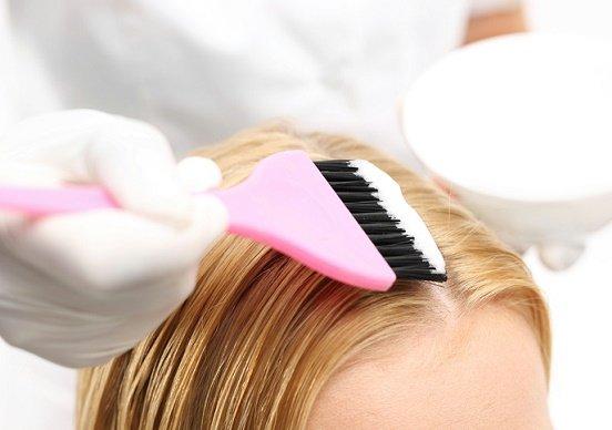ヘアカラーや白髪染めシャンプー、頭皮痛め薄毛や抜け毛の危険!安全性未確認の染料も