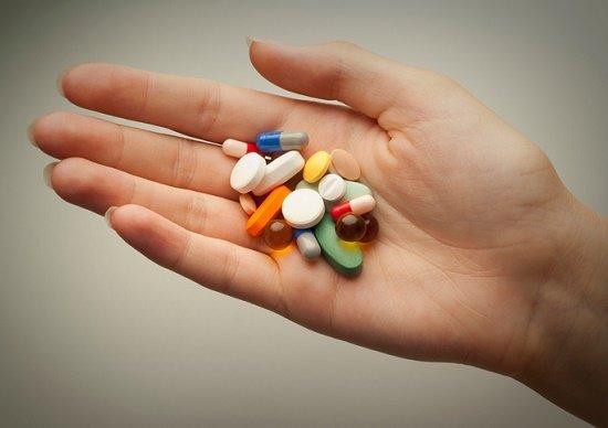 認知症を起こす危険のある薬、実...