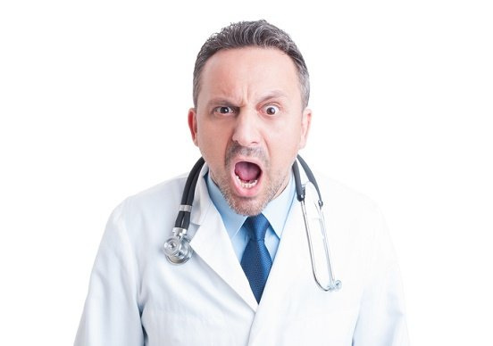 「傲慢」医師たちの生態…若い頃から「先生」と崇拝され、毎年数十億円の不正生むの画像1