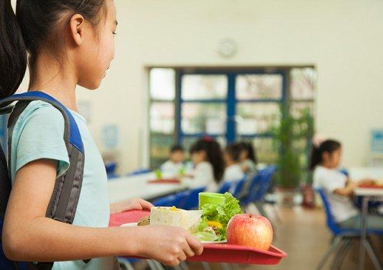 奨学金滞納・給食費未納・就職失敗の人の「自己責任」を問うのは、間違っているのか