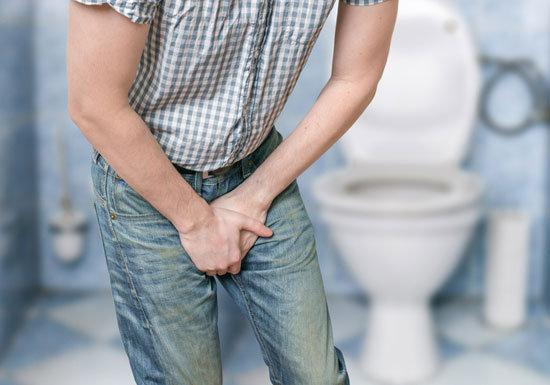 「トイレが近い&尿漏れ」の恐ろしい話…放置すると深刻な事態、治療→EDの負のスパイラル