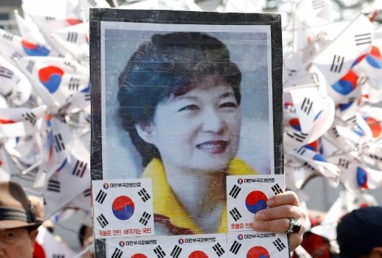 朴槿恵だけじゃない!韓国歴代大統領、血塗られた末路の異常国家…軒並み自殺、死刑判決、懲役刑の画像1