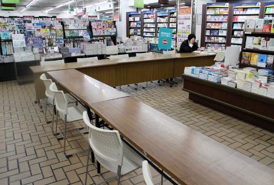 「村上春樹現象」という捏造された幻想…読書イベントはたった9人、語り合いなく静かに解散