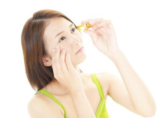 高額目薬は無意味で危険?かえって角膜損傷や緑内障、ドライアイ悪化の恐れ