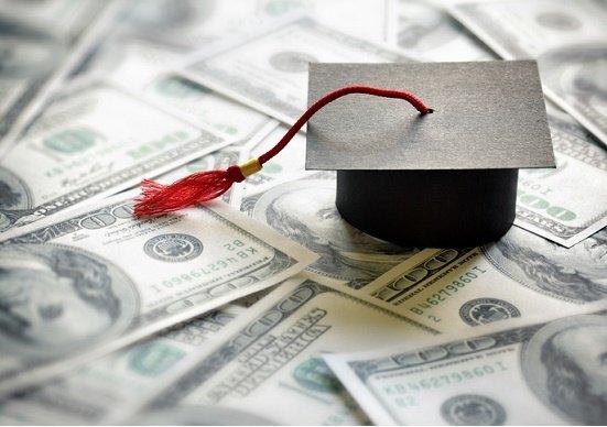 子どもの教育費が世帯年収の約4割も…奨学金&教育ローン「貧乏」を防ぐ究極の活用術の画像1